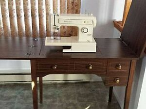 Moulin a coudre kijiji free classifieds in gatineau for Meuble antique kijiji