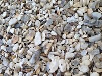 Cotters gold garden and driveway chips/stones