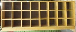 Cubby hole storage unit