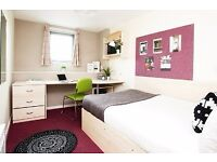 STUDENTS ONLY: EN-SUITE SINGLE ROOM TO RENT. 5 MINS FROM TOWN CENTRE. 10 MIN WALK TO STATION.