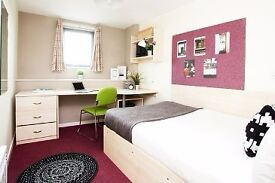 Sale of classic en suite room at Crown House Reading
