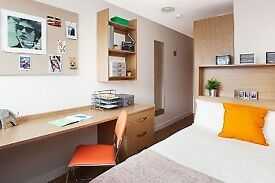 Ensuite Room with Shared Kitchen and Lounge (Student Accommodation) in Glasgow West End