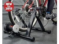 Indoor bicycle turbo trainer