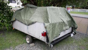 Solid utility trailer