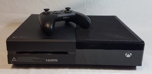 Xbox One 500GB Console with Games and Original Box