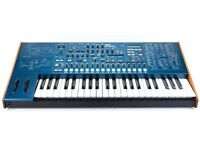Korg MS2000 synthesiser