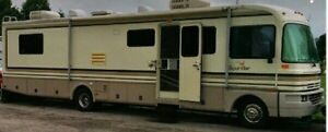 36' Fleetwood Bounder $9500 as is or Trade
