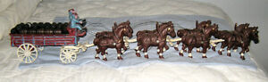 BUDWEISER 2 Drivers 8 Horses 29 Wooden Barrels Cast Iron