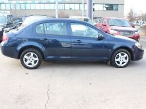 2009 Pontiac Pursuit  Sedan / BARGAIN PRICED - ONLY $2988! Edmonton Edmonton Area image 8