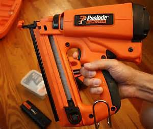 Paslode 18 guage braid nailer gas charge type cordless like new
