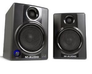 M-Audio Studiophile AV 40 Ver2 Self-Powered Speakers