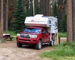 2007 Adventurer 76R Camper w/ 2009 Toyota Tacoma 4x4 Double Cab