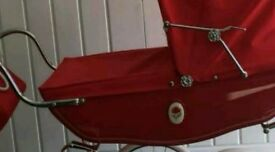 Vintage poppy pro child's silver cross pram