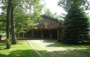 Blue Mt. Chalet - BOOKING  LABOUR DAY WKND &  WEEKLY/WKND'S