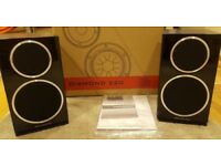 Wharfedale Diamond 220 Speakers