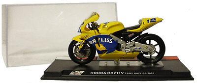 Ixo/altaya Alt25 Honda Rc211v Motogp 2005 - Troy Bayliss 1/24 Scale