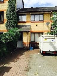 **Beautiful and spacious three bedroom house in Canning Town E16, Close to City Aiport **
