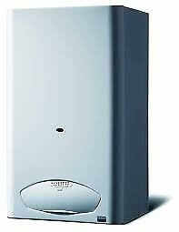 Heatline 24kw Combi Boiler,Clock & Standard Horizontal Flue(2YR WARRANTY)