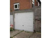 Large Garage For Rental In Chigwell Trotwood