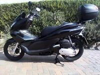 Honda PCX 125 Learner Legal scooter mint condition
