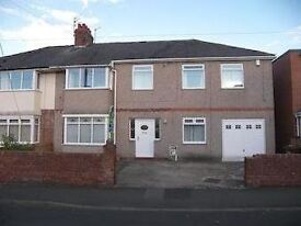 1 very large triple room to rent in furnished house with all bills included