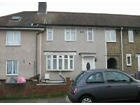 DSS Welcome Nice Studio Flat to Rent in Catford SE6
