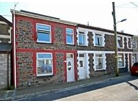 Small 2 Bed house (No garden) Furnished with appliances - NO AGENCY FEES - Close to Town centre