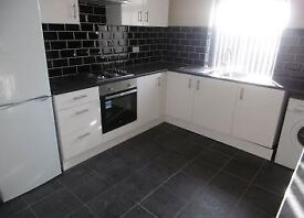 Recently Refurbised 5 Double Bedroom Room Share..Fully Furnished..Ideal for Professional Sharers