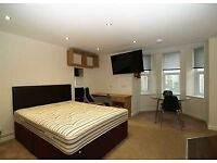 ROOMS AVAILABLE IN A SUPPORTED ACCOMMODATION FOR COUPLES AND SINGLE INDIVIDUALS - £10 PER WEEK!