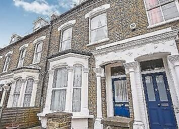 DOUBLE /TWIN room available in ARCHWAY (N19)