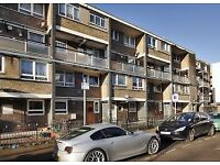 MILE END, E3, SPACIOUS AND BRIGHT 4 BEDROOM APARTMENT WITH BALCONY