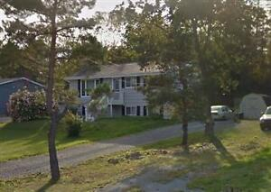 GREAT MAIN LEVEL 3 BEDROOM HOME/FLAT HOME IN FALL RIVER! HEAT!