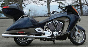 2010 Victory Vision Tour. Very Clean! Accident Free