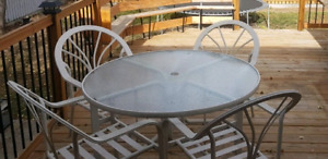 Padio table with 4 chairs