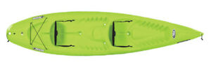 Pelican Troupe 12.9ft tandem with 2 paddles in green only