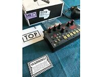 MicroGranny 2.1 - Awesome granular sampler going cheap - boxed, original condition