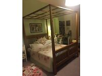 """Four Poster Bed Frame (Wooden) & Queen Size Mattress (60""""x80') Pocket Sprung Mattress"""