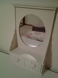 Attractive Wooden Dressing Table Mirror