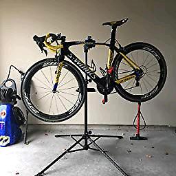Pro Support réglable pour réparation de vélo valeur neuf 275$