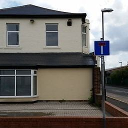 3 bedroom flat in Robinson Terrace, Sunderland, Sunderland, TYNE AND WEAR