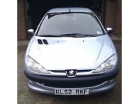 PEUGEOT 206 1.4 TURBO DIESEL, VERY RELIABLE, £30 A YEAR ROAD TAX, 1 FORMER KEEPER, SUPER LITTLE CAR.