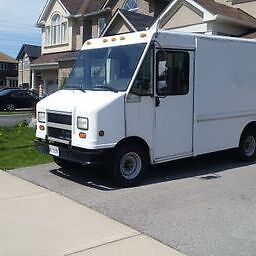 2002 Ford E-350 Step Van or Catering/Food Truck