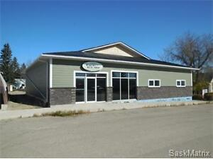 Commercial Property for Sale 815- 2nd Avenue, Raymore. $398,000