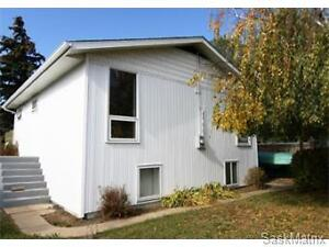 House for Sale in Battleford Exclusive 17-005