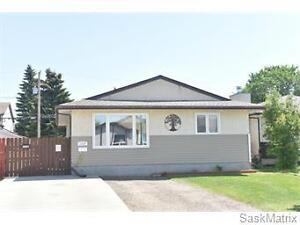 1329 Irving Avenue, Moose Jaw, SK