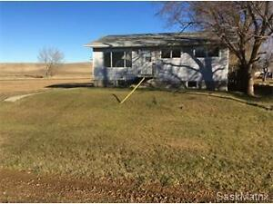 12 E Avenue, Willow Bunch, SK. Moose Jaw Regina Area image 1