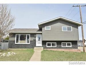 2 Grandview Place, Moose Jaw, SK.