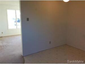 12 E Avenue, Willow Bunch, SK. Moose Jaw Regina Area image 5
