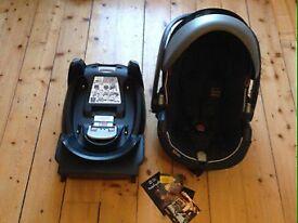 BeSafe iZi Go X1 car seat with ISOfix Base