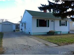 222 2nd Avenue W, Gravelbourg Moose Jaw Regina Area image 1